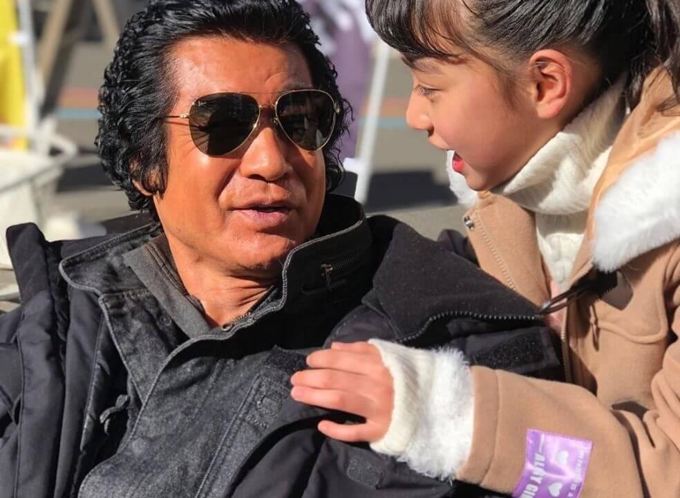 藤岡弘と娘の舞衣