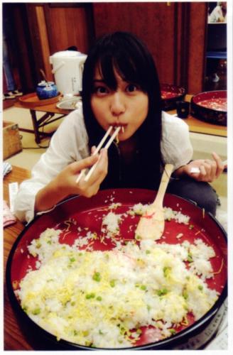 戸田恵梨香はちらし寿司10人前を一人で食べる